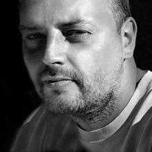 Piotr Janeczek (artist name Ashaneen)